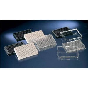 96ti a 384 jamkové destičky pro fluorescenci, luminiscenci a absorbanci (Tecan)
