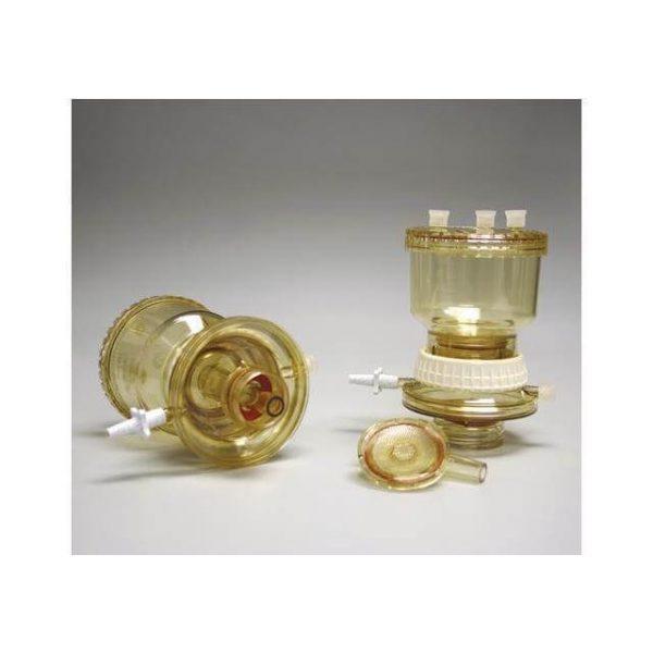 Filtrační systémy pro opakované použití pro výměnné nádoby